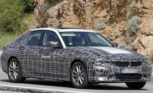 BMW тества електрическа Серия 3