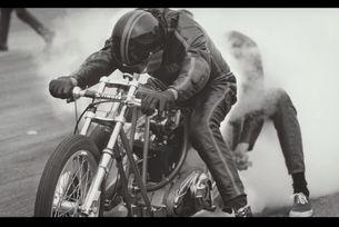 Harley Davidson на старта: Драг състезанията