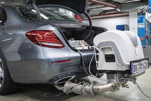 Заподозряха BMW, Daimler и Volkswagen в заговор