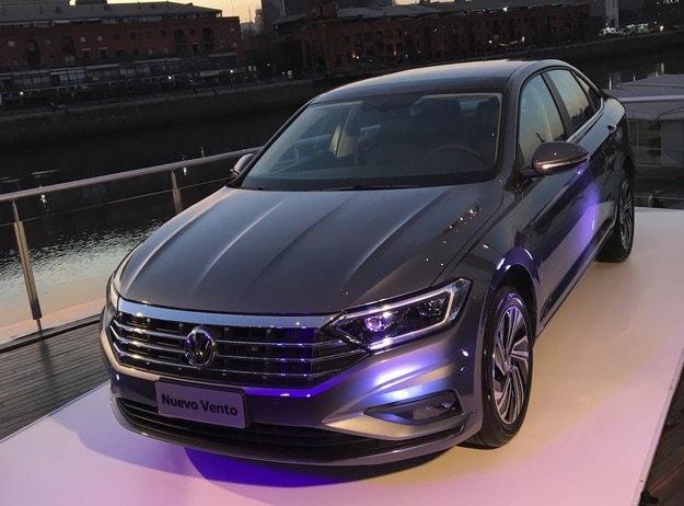 Volkswagen ще покаже Jetta GLI в Детройт