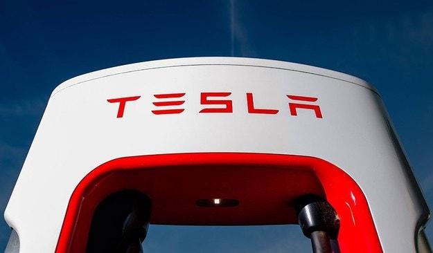 Сменят Илън Мъск като шеф на Tesla