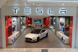 Tesla сваля цените в Китай заради митата