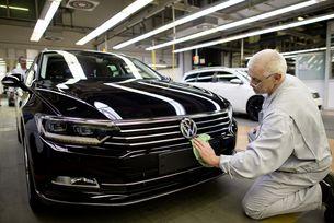 VW: Местят Passat в завода на Skoda в Квасини