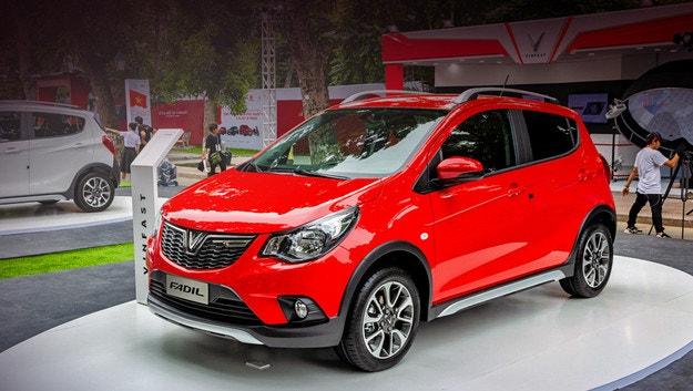 Как Opel Karl Rocks се прероди във VinFast Fadil