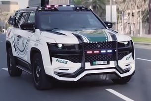 Полицията в Дубай получи уникален автомобил