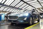 Ford преговаря с работниците за съкращения