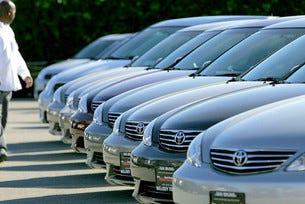 Toyota отчете спад в печалбите за пръв път от 7 години