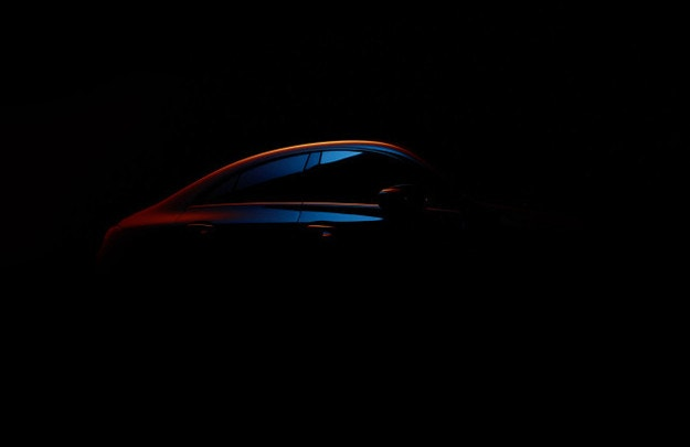 Mercedes показа силуета на новия CLA