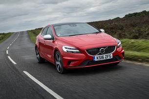 Volvo ще смени V40 с купеобразен кросоувър
