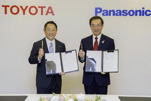Toyota и Panasonic ще правят батерии за електромобили