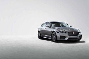 Jaguar XF получи версия Chequered Flag
