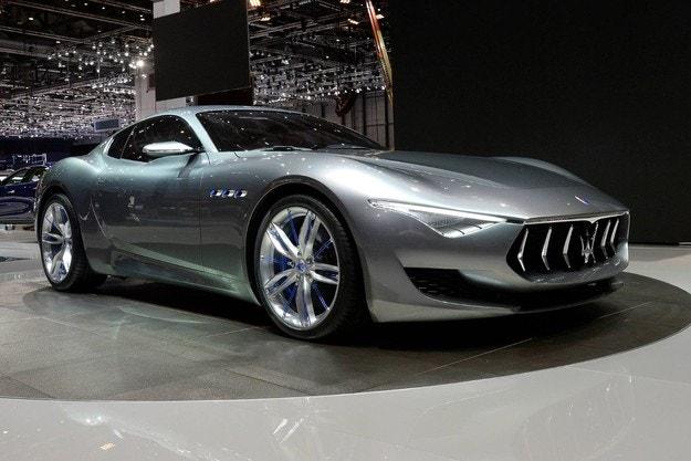 Представят серийния Maserati Alfieri през 2020
