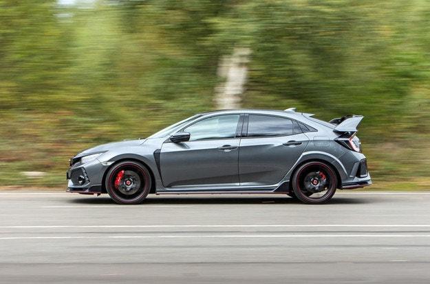 Новият Honda Civic Type R може да бъде хибрид