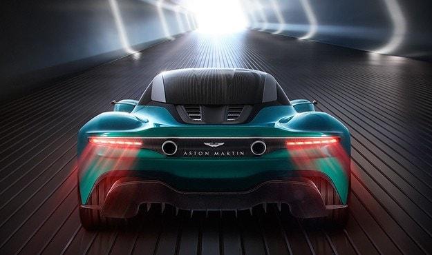 Джеймс Бонд ще се движи с електрически Aston Martin
