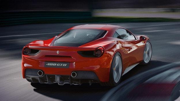 Ferrari отзовава повече от 2500 автомобила в САЩ
