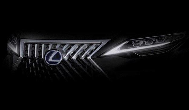 Lexus ще представи първия си миниван