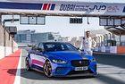 Jaguar XE постави рекорд на пистата в Дубай
