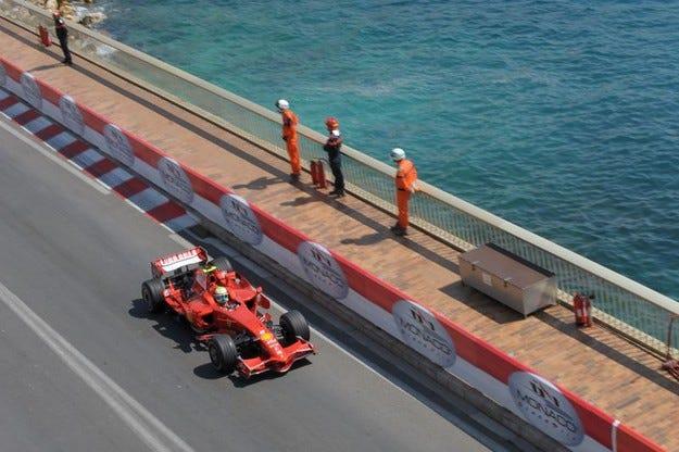 Гран при на Монако: Първа редица за Маса и Райконен