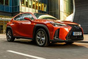 Нов компактен Lexus дебютира през 2021