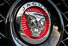 Tata Motors отрича, че продава Jaguar Land Rover