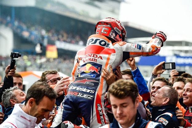 Маркес спечели с лекота Гран при на Франция