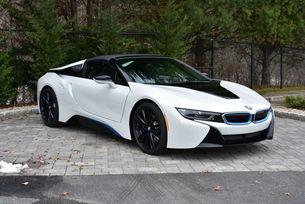 Новото BMW i8 може да стане електромобил