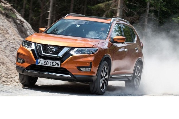 Nissan X-Trail: Нови двигатели за SUV модела