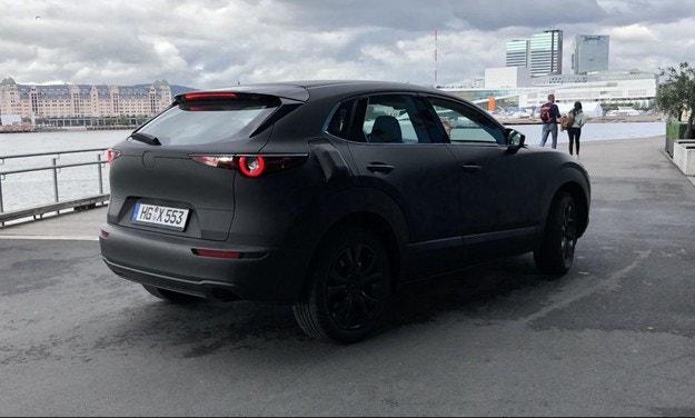 Mazda започна тестове на първия електромобил