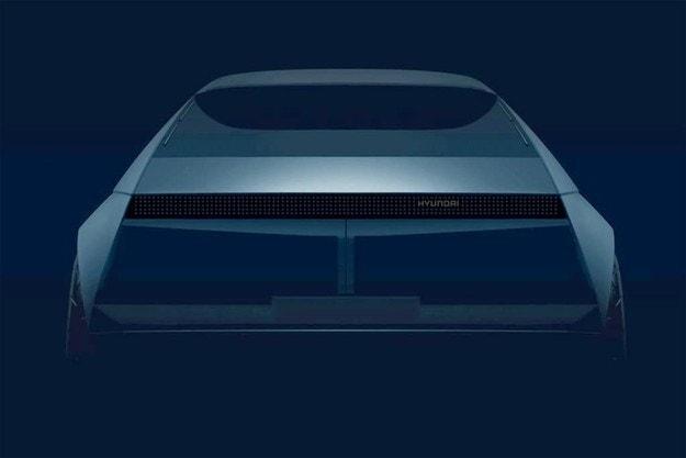 Hyundai ще покаже електромобил в ретро стил