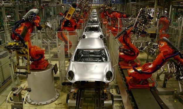 BMW ще спре завода в Оксфорд след Brexit