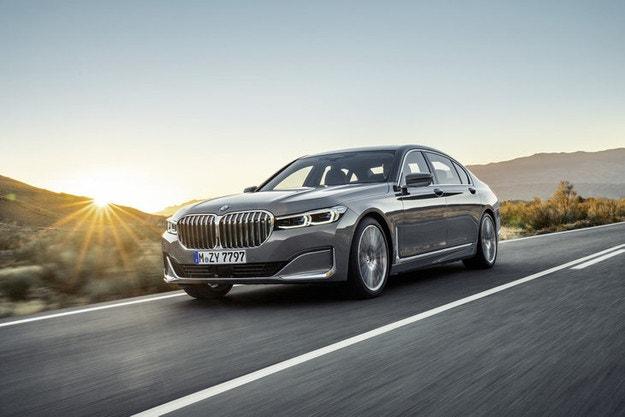 Електрическата Серия 7 ще стане най-мощното BMW