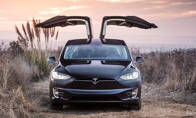 Разрешиха на Tesla да прави електромобили в Китай