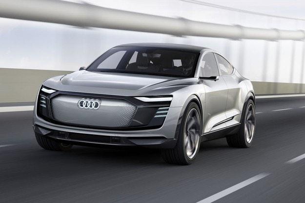 Германия увеличава субсидиите за електромобилите