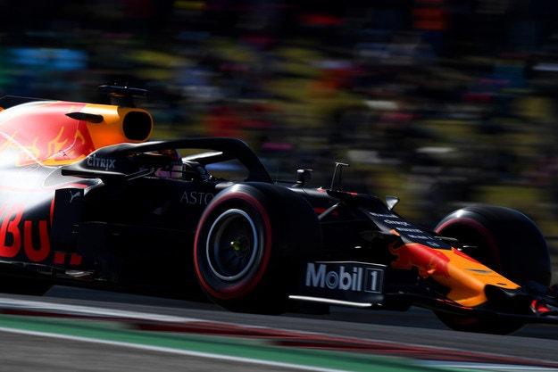 Формула 1 може да се откаже от новите гуми