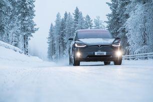 Гумите на електромобилите се износват по-бавно