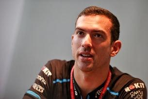 Williams потвърди Латифи