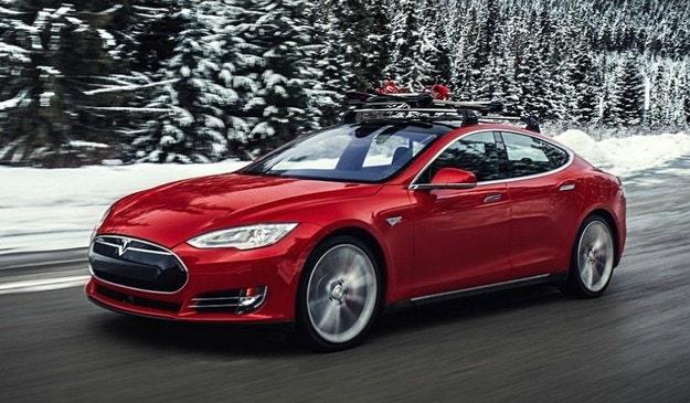 Немец измина с Tesla Model S над 1 млн. км за 5 години
