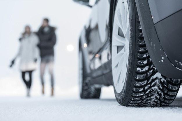 Нов етикет на ЕС улеснява избора на зимни гуми