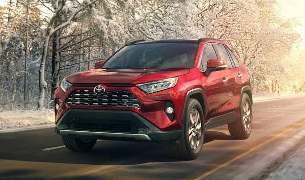 За първи път от 10 години Toyota е автомобил №1 в Япония