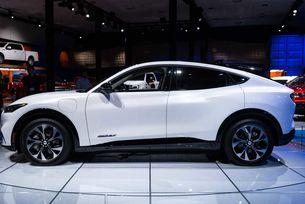 Ford готви електрически кросоувър с платформа от VW