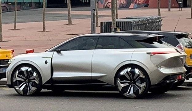 Разсекретиха нов кросоувър Renault преди премиерата