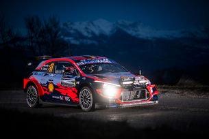 Нювил откри сезона във WRC