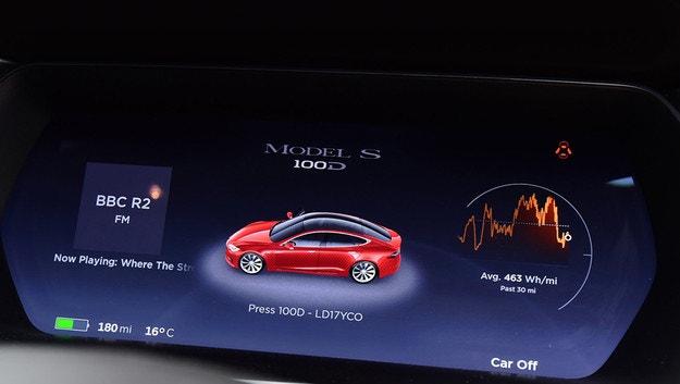 Tesla Model S и X отново увеличават пробега
