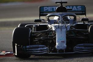 Mercedes тества иновативна система на Каталуня