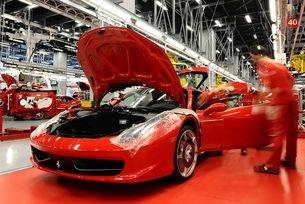 Фабриката на Ferrari работи въпреки коронавирус