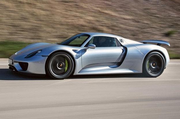 Porsche няма да прави електрически суперавтомобил