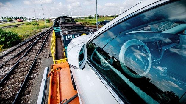 Volvo Cars намалява вредните емисии
