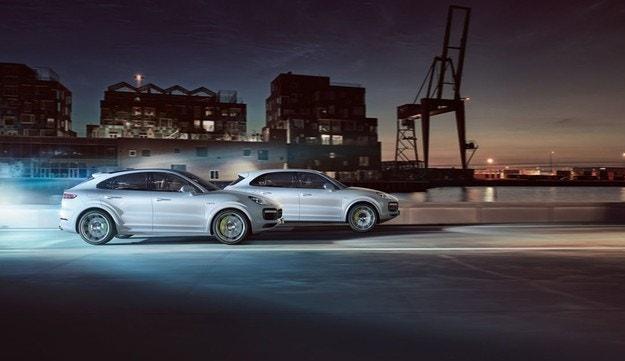 Porsche след една наелектризираща година