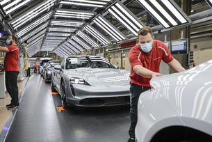Porsche отново произвежда спортни автомобили