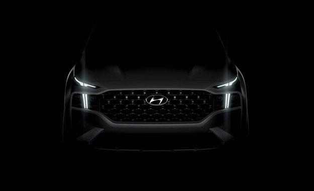 Hyundai разкрива за първи път новия Santa Fe